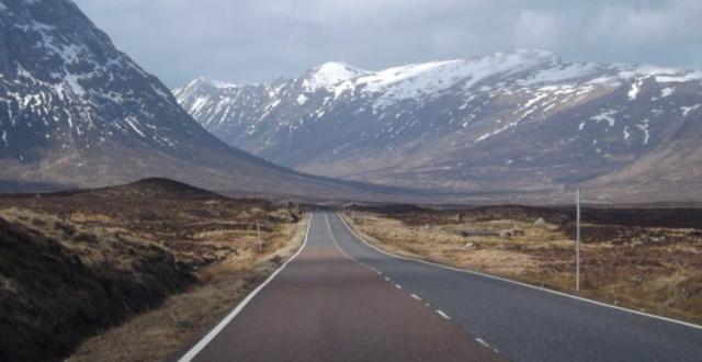 424633-scotland-from-the-roadside-logo