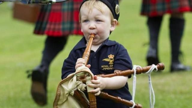 449957-young-piper